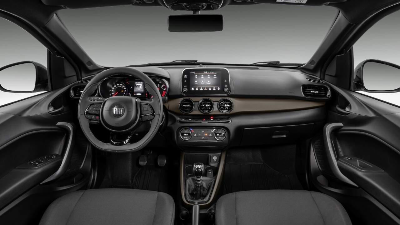 Interior do Fiat Cronos Drive 1.3 MT S-Design 2022.